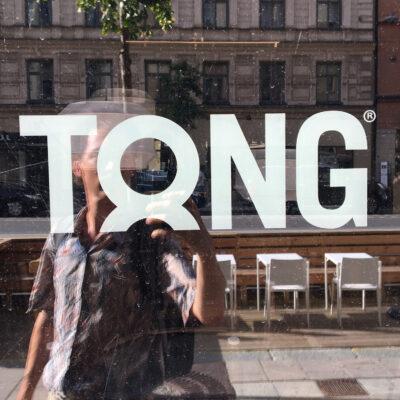 tong.